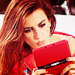 Penelope Cruz Plays Nintendo DS - penelope-cruz icon