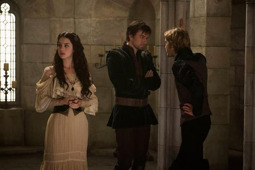 Reign [TV Show] fondo de pantalla with a well dressed person entitled Reign 1x06