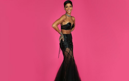 Rihanna wallpaper with a dinner dress titled Rihanna at AMA awards