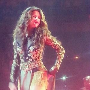 [Fan Taken] ster Dance Tour - LIVE in Kansas City - November 17
