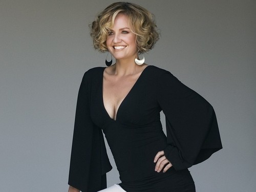 Sherry Stringfield - sherry-stringfield Wallpaper