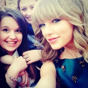Taylor and her fan