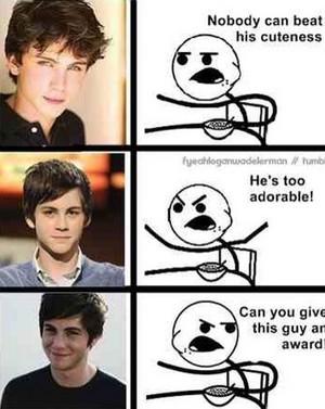 Give Percy a award