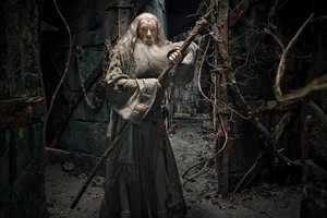 The Hobbit: The Desolation of Smaug [HD] gambar