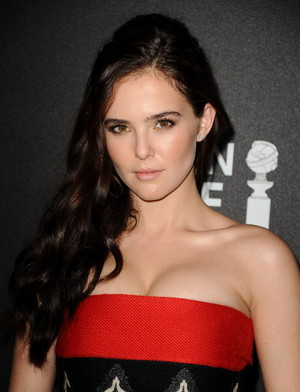 Zoey Deutch | HFPA and Instyle 2014 Golden Globe Awards Season Celebration.