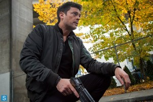 Almost Human - Episode 1.05 - Blood Brothers - Promotional foto