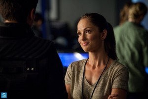 Almost Human - Episode 1.06 - Arrhythmia - Promotional Fotos