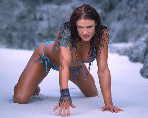 "Amy ""Lita"" Dumas fond d'écran containing a bikini titled in the plage"