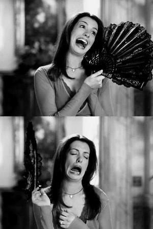 Hahahah Anne Hathaway