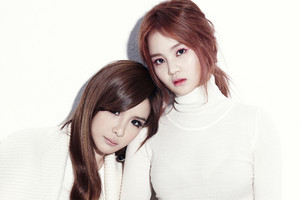 BH (Bom and Hi) - 'All I Want For 圣诞节 Is You' Promo Pictures!