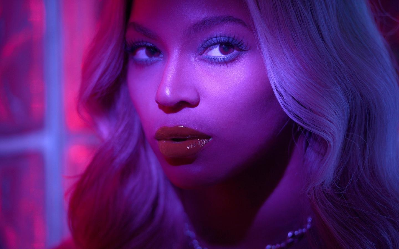 """Beyoncé """"Blow"""""""