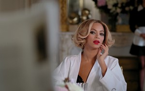 """Beyoncé """"Jealous"""""""