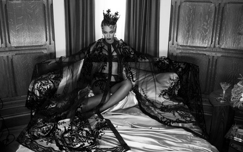 """Beyonce wallpaper probably with a drawing room entitled Beyonce """"Haunted"""""""