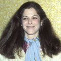 Gilda Radner - celebrities-who-died-young photo