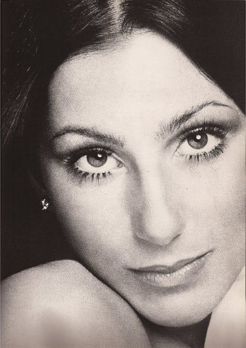 Cher پیپر وال containing a portrait titled Actress/Singer, Cher