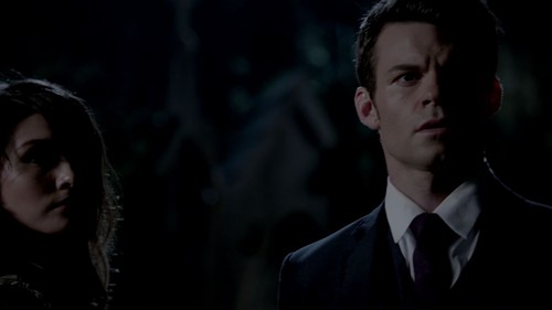 Elijah wallpaper containing a business suit titled Elijah Mikaelson