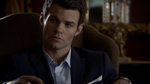 Elijah 바탕화면 containing a business suit entitled Elijah Mikaelson
