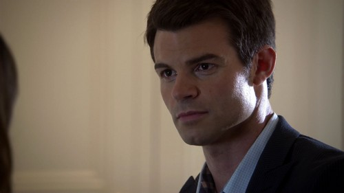 Elijah wallpaper possibly with a portrait entitled Elijah Mikaelson