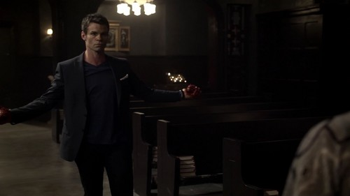 Elijah 바탕화면 with a business suit called Elijah Mikaelson