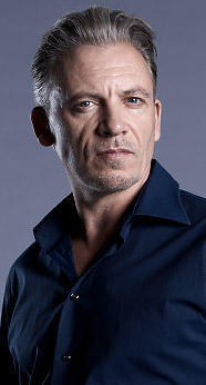 Callum Keith Rennie casted as луч, рэй Steele