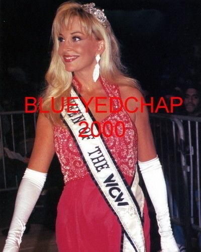 Former WWE Diva... Debra achtergrond titled Debra - WCW candid