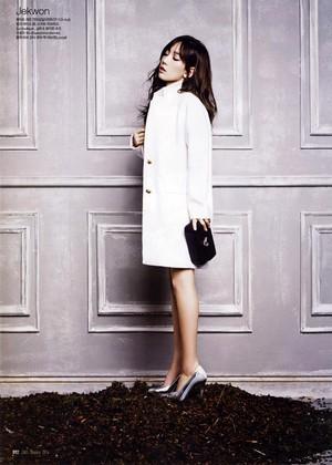 Taeyeon CeCi Magazine 2014 Jan Issue