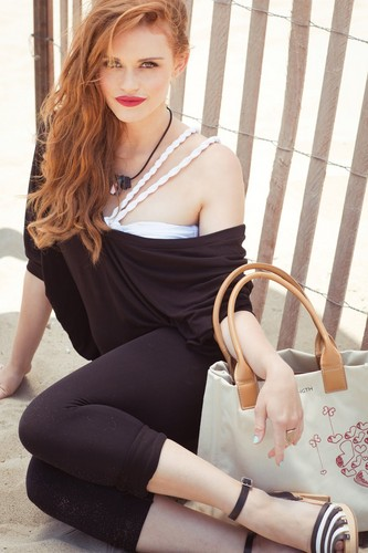 Holland Roden দেওয়ালপত্র titled Various Photoshoots from 2011