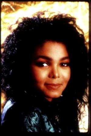 Janet's Rare picha