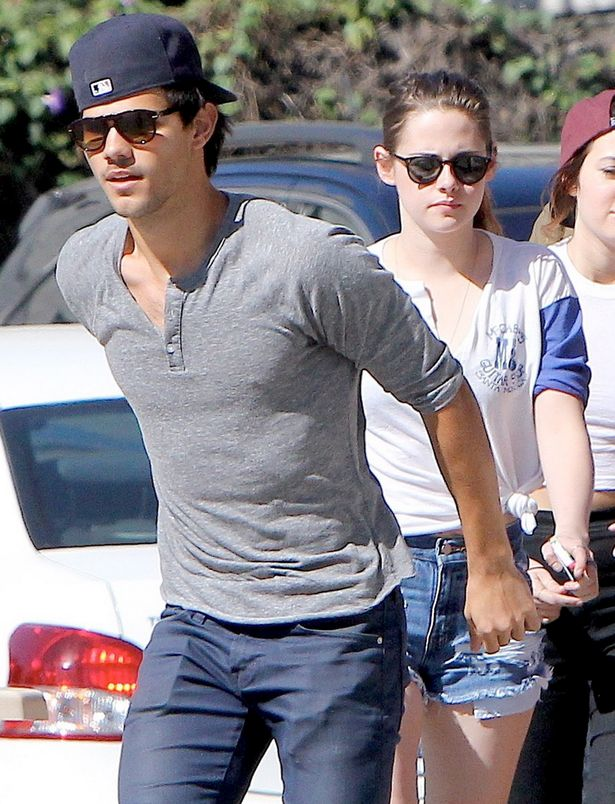 Fotos de robert pattinson y su novia 2012 6