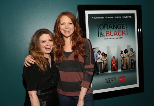 Laura Prepon wallpaper called Laura Prepon and Natasha Lyonne on OITNB Screening