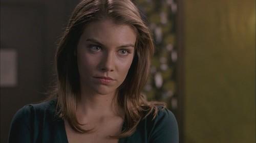 Lauren Cohan achtergrond containing a portrait entitled LC as Bela Talbot in SPN Screencaps
