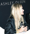 ashley olsen - mary-kate-and-ashley-olsen photo