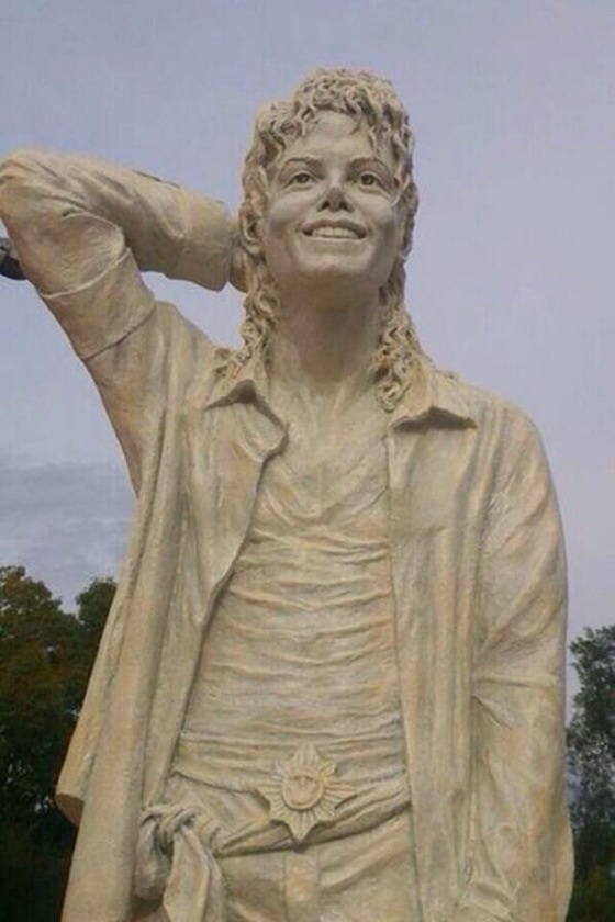 Statue of Michael in Italy