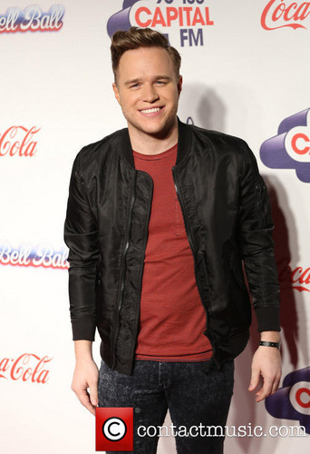Olly Murs wallpaper containing a sign, a well dressed person, and a workwear called Olly at Jingle Bell Ball '13