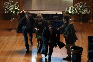 Once Upon a Time - Episode 3.11 - Going halaman awal