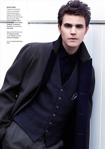 Paul Wesley wallpaper containing a business suit entitled Paul Wesly in Fashionisto