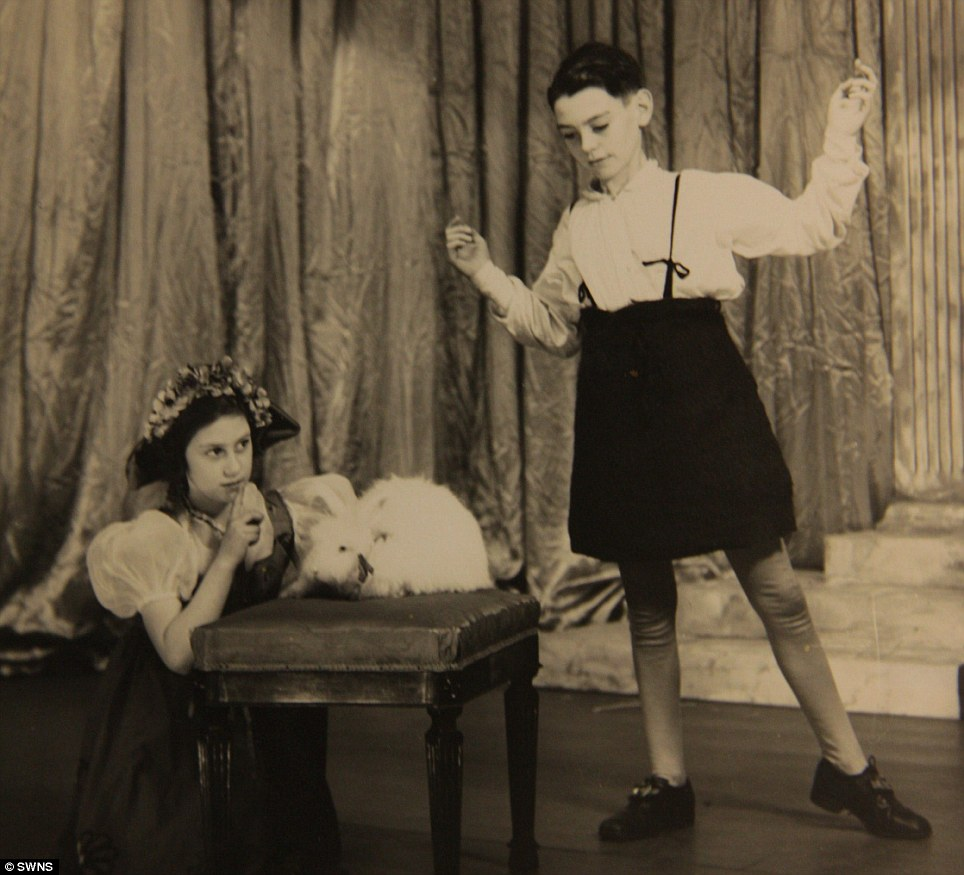Queen performed alongside Princess Margaret in Cinderella in 1941