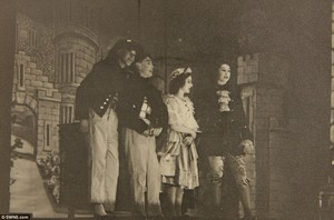 Queen performed alongside Princess Margaret in Золушка in 1941