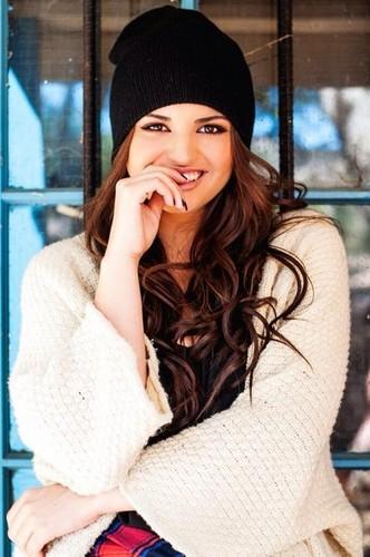 Rebecca Black fondo de pantalla with a portrait titled Rebecca Black