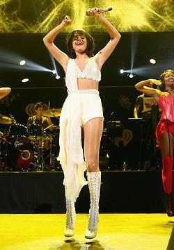 Selena performing at the KissFM Jingle Ball in Dallas (December 2)