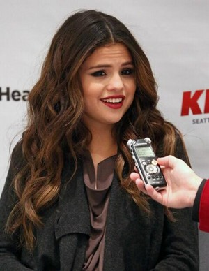 Selena arrives at 106.1 ciuman FM's Jingle Ball in Seattle - December 8