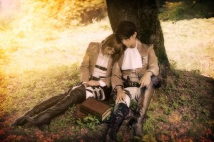 Cosplay Levi and Petra