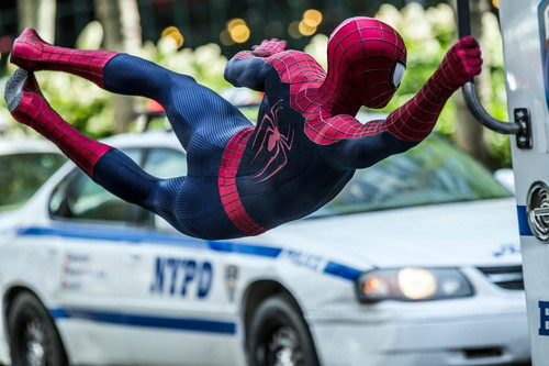 Spider-Man wallpaper entitled The Amazing Spider-Man 2: New Stills [LARGE]