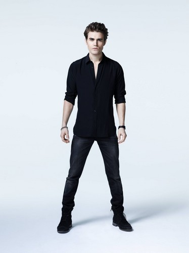 Stefan Salvatore 壁纸 with a well dressed person and a pantleg, 裤裤 called TVD - Season 5