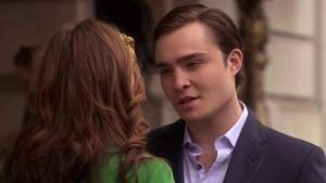 Chuck loves Blair