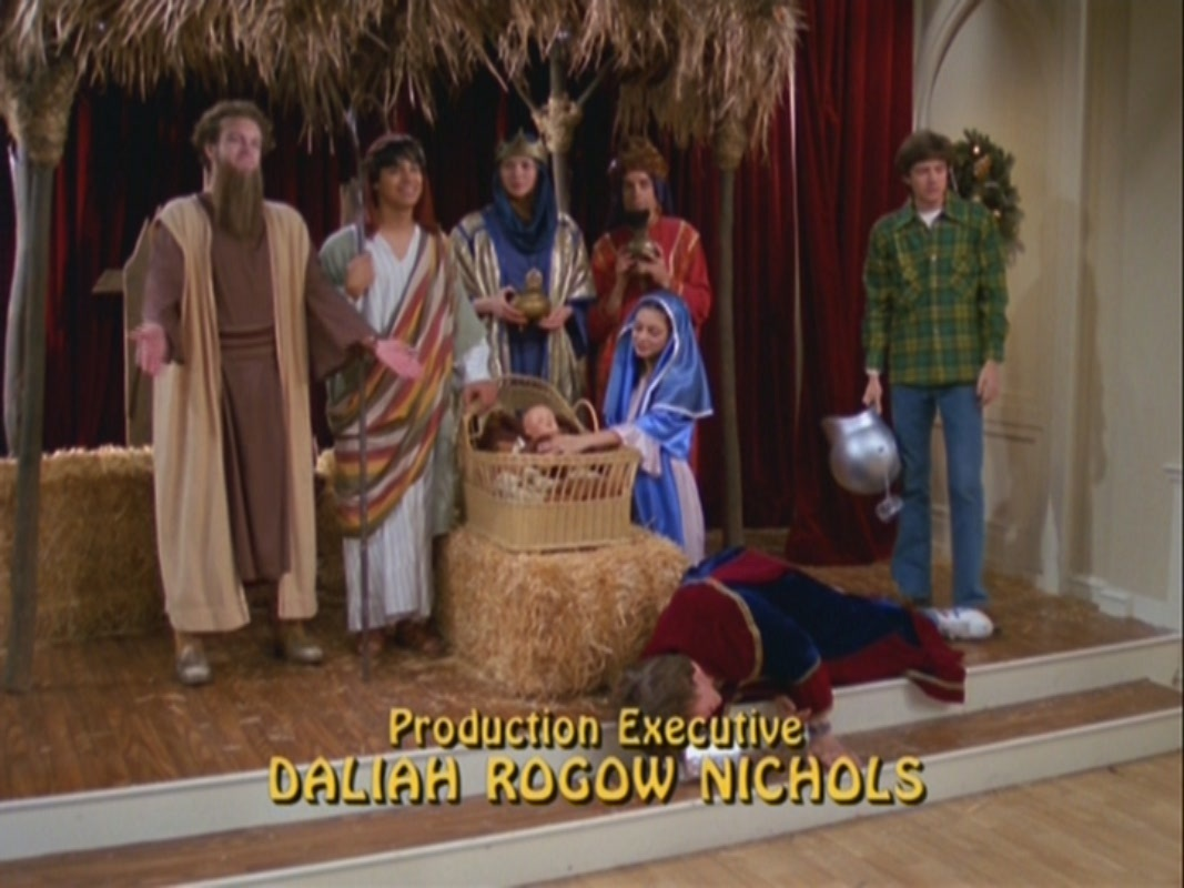that 70s show images christmas the gang hd wallpaper and background photos - That 70s Show Christmas Episodes