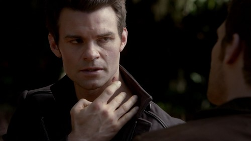 The Originals پیپر وال titled Elijah Mikaelson