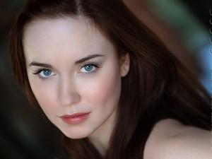 Elyse Levesque will be Geneviève.