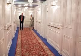 deck b corridor