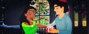 Aladdin/Tiana क्रिस्मस